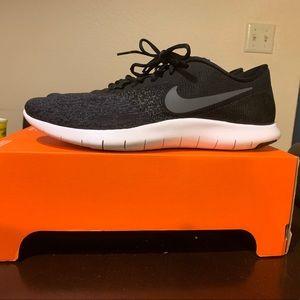Men's Nike Flex Contact Shoe